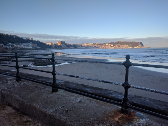 scarborough bay on 2nd jan 2017.jpg